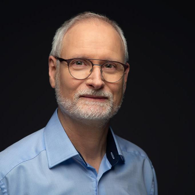 Dr. Helmut Herrmann